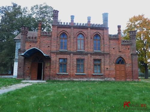 Усадьба Бохвицев - Флерьяново- главный вход.